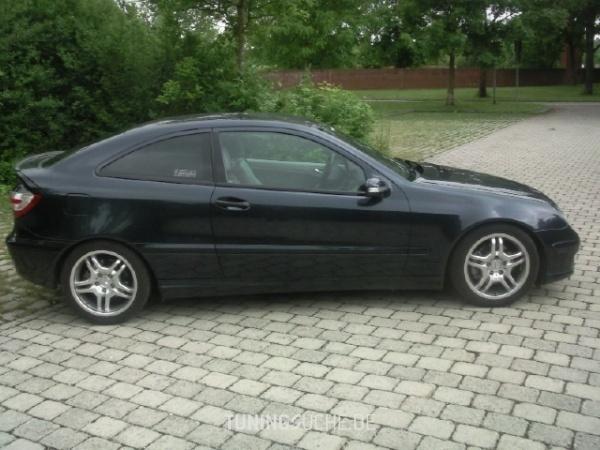 Mercedes Benz C-KLASSE Sportcoupe (CL203) 08-2005 von BlackMamba85 - Bild 121066