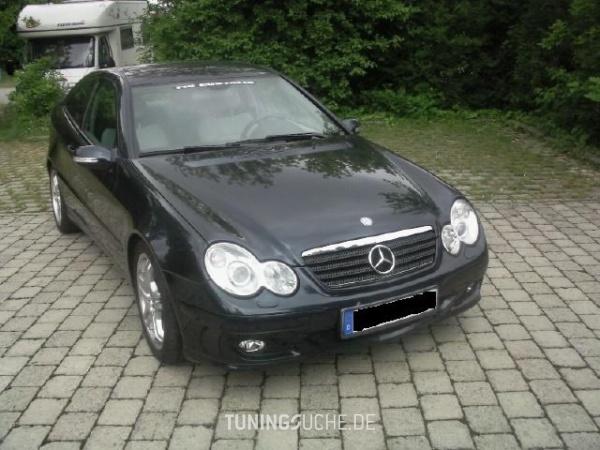 Mercedes Benz C-KLASSE Sportcoupe (CL203) 08-2005 von BlackMamba85 - Bild 121068