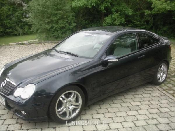 Mercedes Benz C-KLASSE Sportcoupe (CL203) 08-2005 von BlackMamba85 - Bild 121069