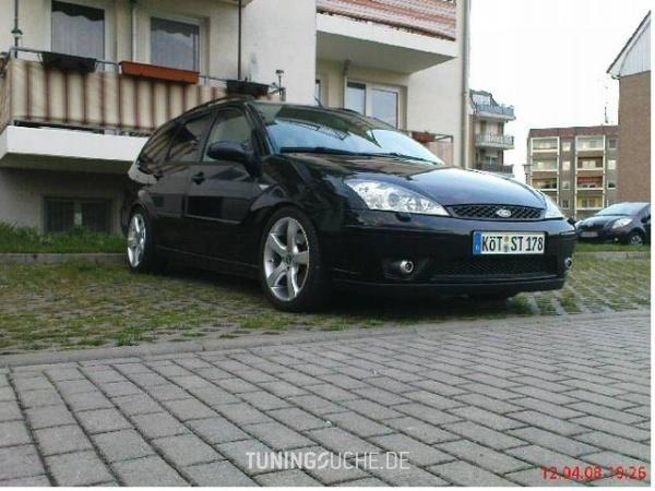 Ford FOCUS Kombi (DNW) 02-2004 von Vecky - Bild 181552