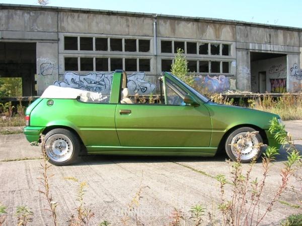 Peugeot 205 I Cabriolet (741B, 20D) 01-1994 von 205blau - Bild 324575