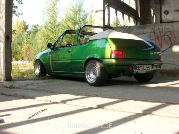 Peugeot 205 I Cabriolet (741B, 20D) 01-1994 von 205blau - Bild 324581