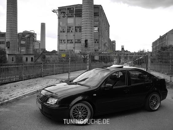 VW BORA (1J2) 2.8 V6 4motion Highline Bild 18936