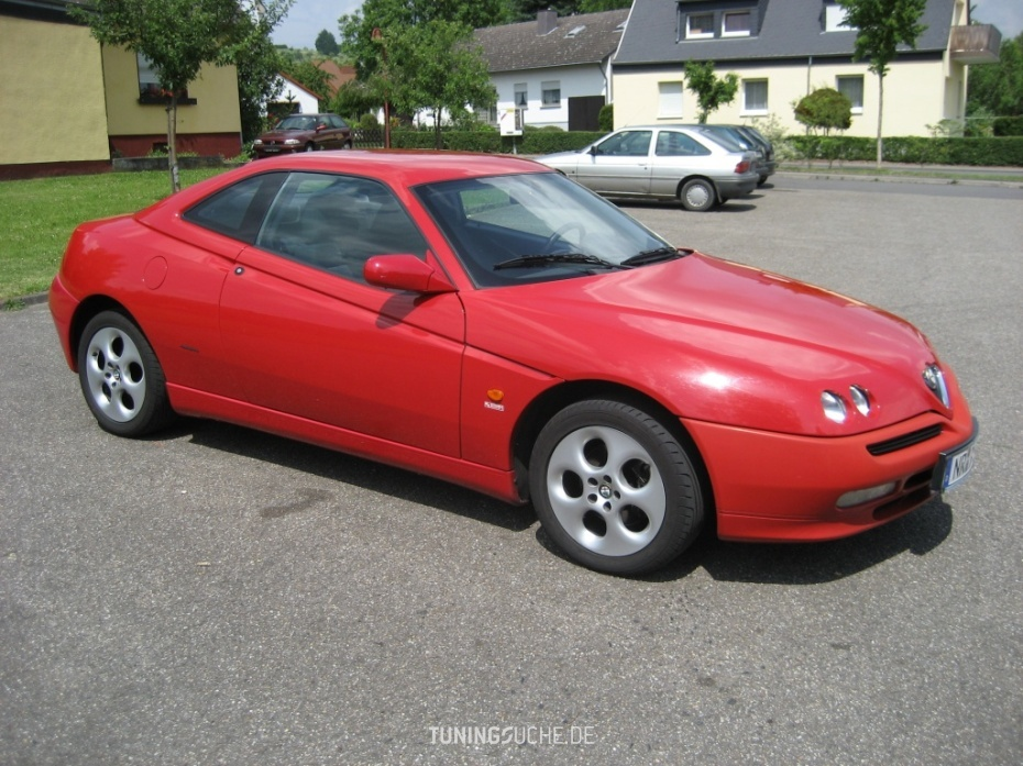 Alfa Romeo GTV (916C) 2.0 T.SPARK 16V Facelift 2 Bild 326619