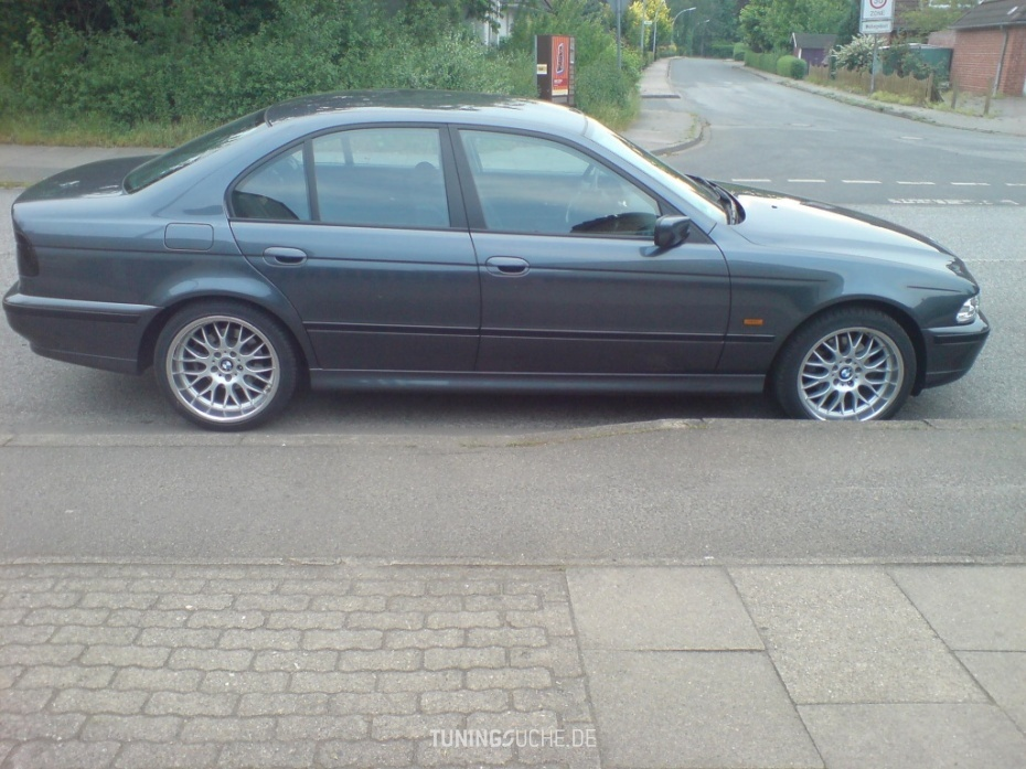 BMW 5 (E39) 520 i Limousine Bild 333771