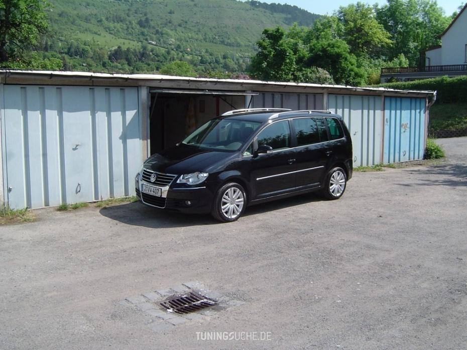 VW TOURAN (1T1, 1T2) 1.9 TDI Highline Bild 344840