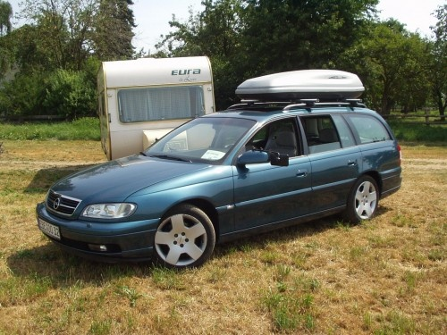 opel omega b caravan 3 2 v6 bj 2001 von uncle beme. Black Bedroom Furniture Sets. Home Design Ideas
