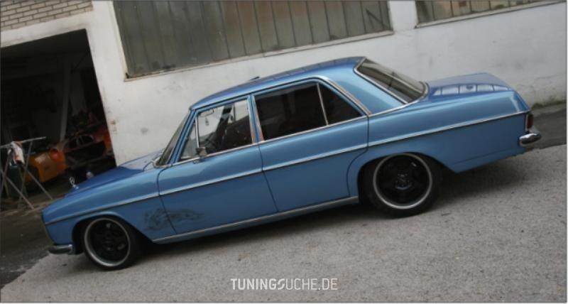 Mercedes Benz /8 (W115) 220 strichacht Bild 347994