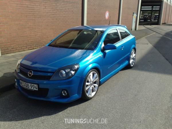 Opel ASTRA H GTC 06-2006 von Schmobi - Bild 351800