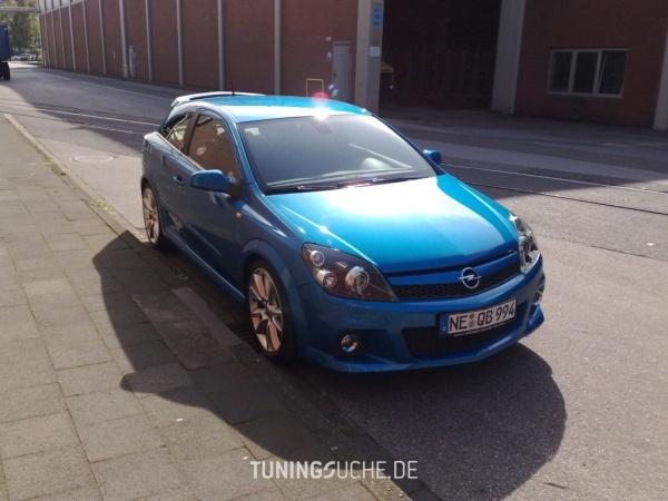 Opel ASTRA H GTC 06-2006 von Schmobi - Bild 351802