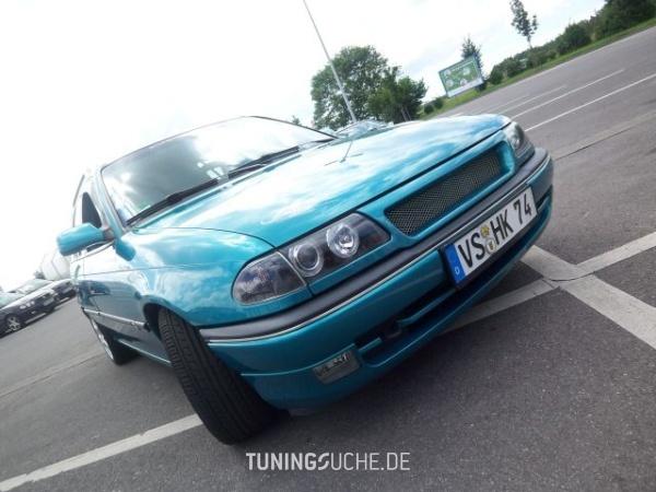 Opel ASTRA F Caravan (51, 52) 01-1995 von Bea - Bild 356923