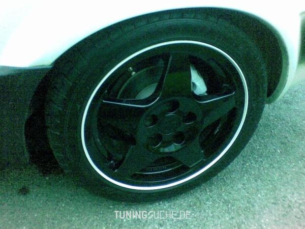 VW GOLF II (19E, 1G1) 01-1989 von bujaka - Bild 359687