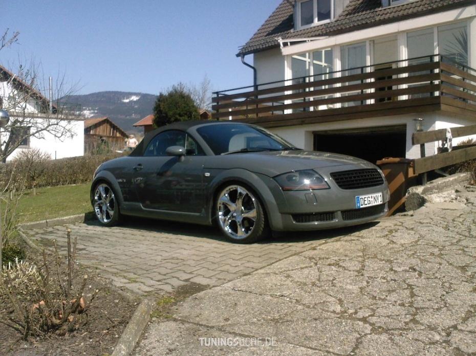 Audi TT Roadster (8N9) 1.8 T  Bild 374504