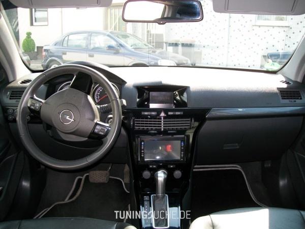Opel ASTRA H Caravan 04-2005 von AstraTom - Bild 386656