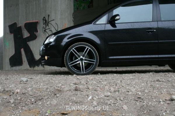 VW TOURAN (1T1, 1T2) 05-2005 von Timotheus_83 - Bild 390791
