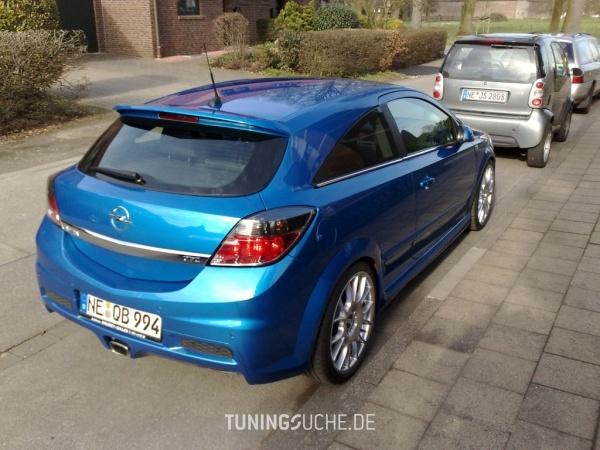 Opel ASTRA H GTC 06-2006 von Schmobi - Bild 403933