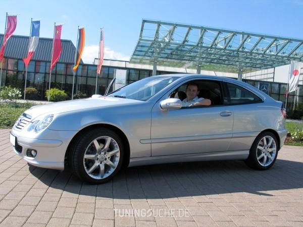 Mercedes Benz C-KLASSE Sportcoupe (CL203) 08-2004 von jayjay - Bild 27153