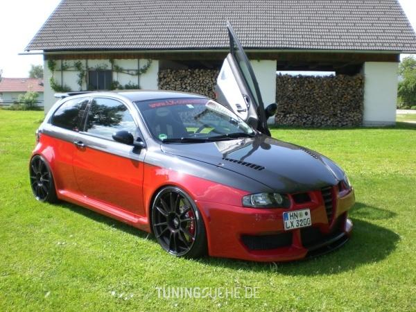 Alfa Romeo 147 (937) 04-2003 von Tha_Real_LX - Bild 440699