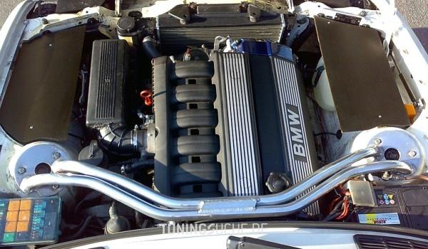 BMW 3 (E30) 09-1988 von JayDee - Bild 441663