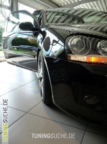 VW GOLF V (1K1) 11-2006 von KBooM - Bild 459767