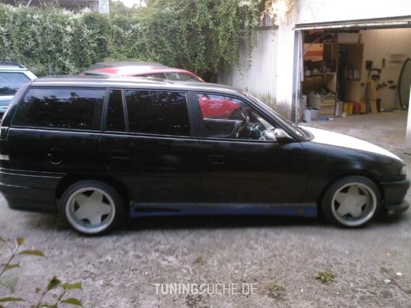 Opel ASTRA F Caravan (51, 52) 01-1993 von Crazyopel83 - Bild 462652