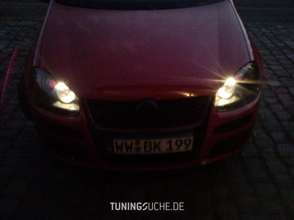 VW GOLF V (1K1) 05-2005 von ex0tic - Bild 472786