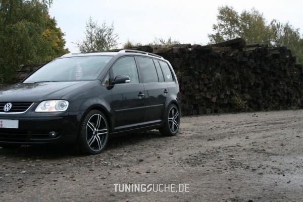 VW TOURAN (1T1, 1T2) 05-2005 von Timotheus_83 - Bild 473153