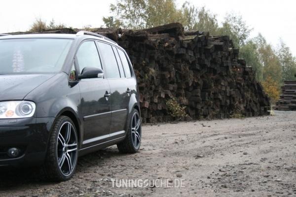 VW TOURAN (1T1, 1T2) 05-2005 von Timotheus_83 - Bild 473154