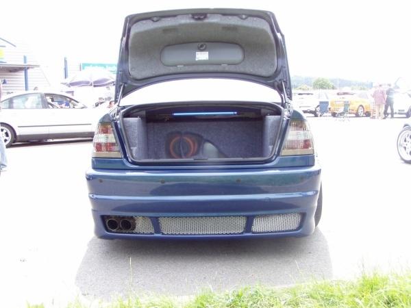 BMW 3 (E46) 09-2001 von turbo-tom - Bild 473378