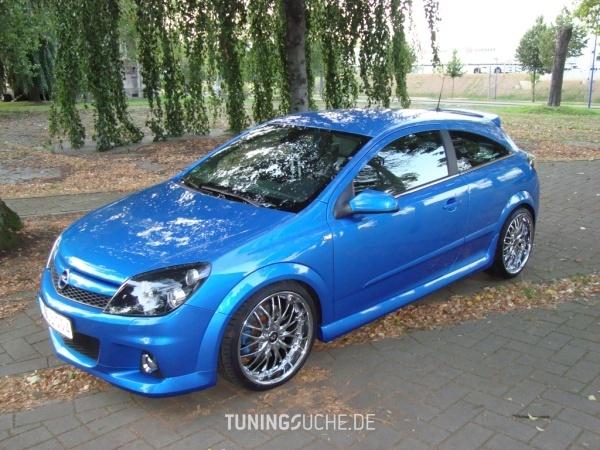 Opel ASTRA H GTC 06-2006 von Schmobi - Bild 474732