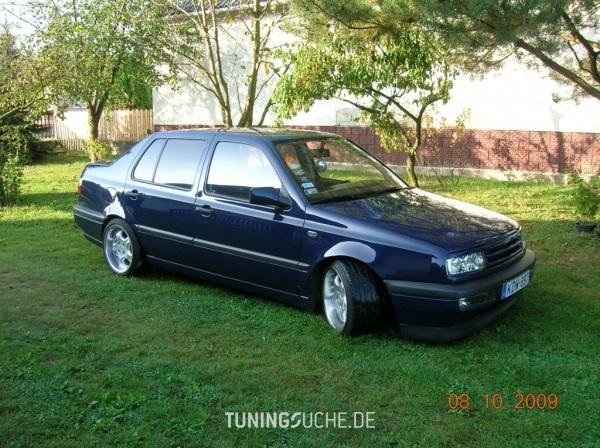 VW VENTO (1H2) 01-2009 von levwi - Bild 475583