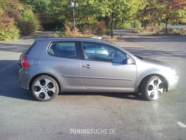 VW GOLF V (1K1) 12-2005 von Goran04 - Bild 476948