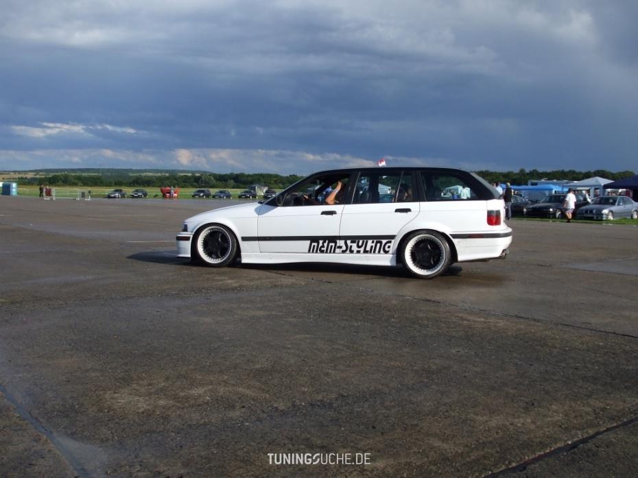 BMW 3 Touring (E36) 328 i M-Technik Bild 479513
