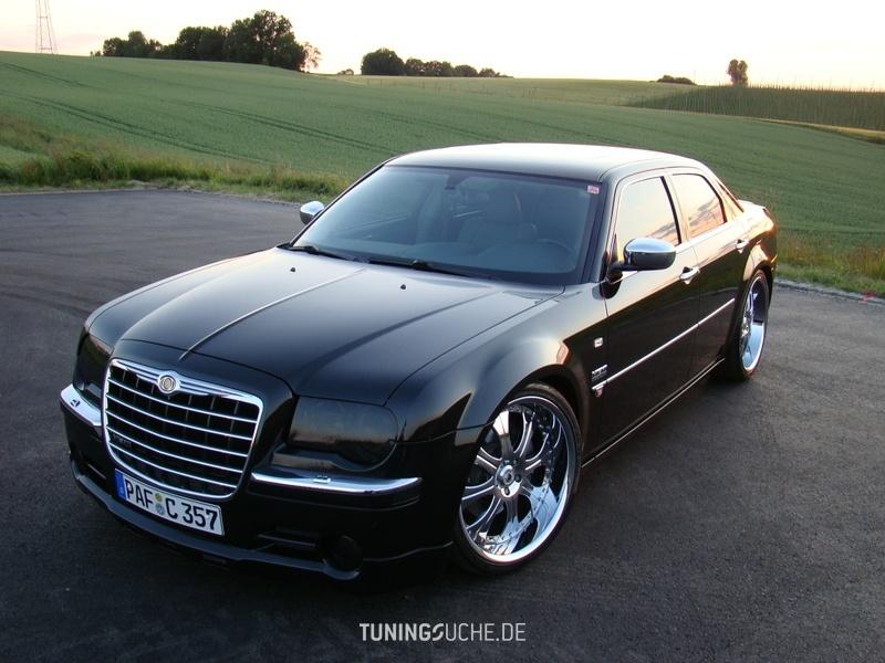 Chrysler 300 C 5.7 Hemi Night Runner Bild 480177