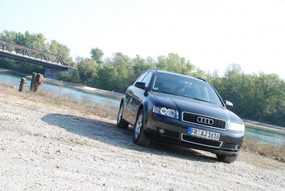 Audi A4 (8E2, B6) 1.9 TDI  Bild 480978