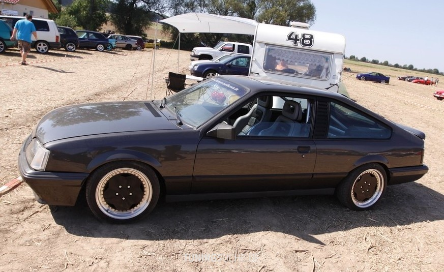 Pin Opel Monza Gse V White Tcejpg Wikipedia on Pinterest