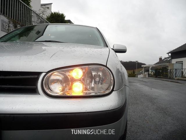 VW GOLF IV (1J1) 1.6 FSI Champ Bild 481276