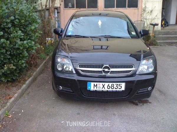 Opel VECTRA C GTS 09-2002 von Aleks - Bild 481565