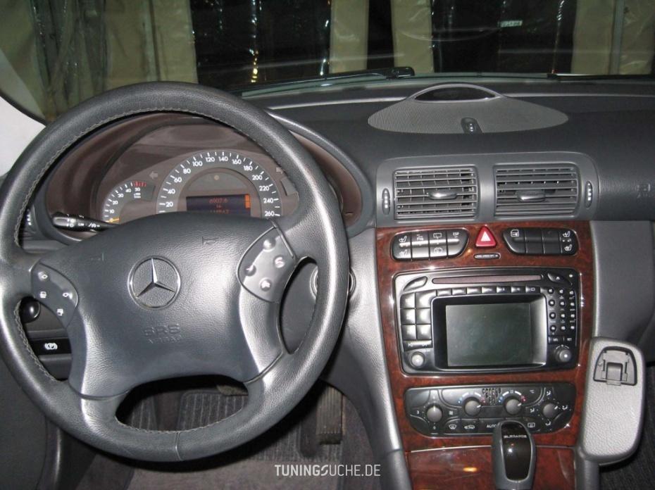 Mercedes Benz C-KLASSE (W203) C 220 CDI Elegance Bild 484357