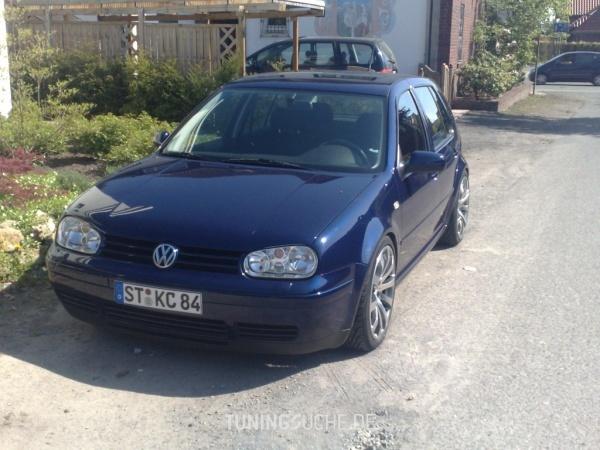 VW GOLF IV (1J1) 01-2008 von BIZZKID - Bild 484409
