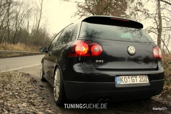 VW GOLF V (1K1) 12-2005 von speedy2312 - Bild 484796