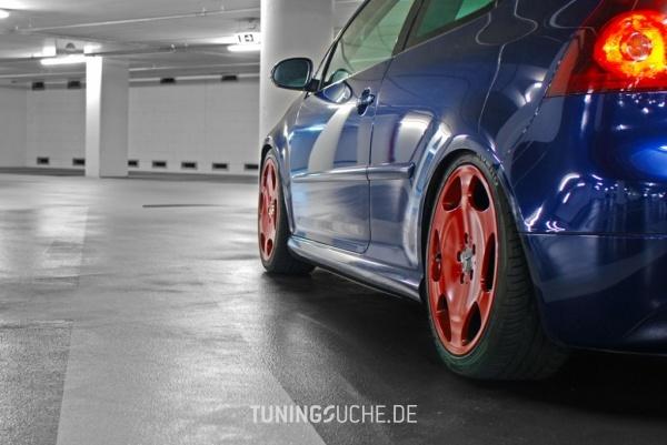 VW GOLF V (1K1) 09-2004 von Bostik - Bild 487384