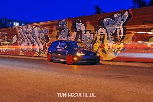 VW GOLF V (1K1) 09-2004 von Bostik - Bild 487386