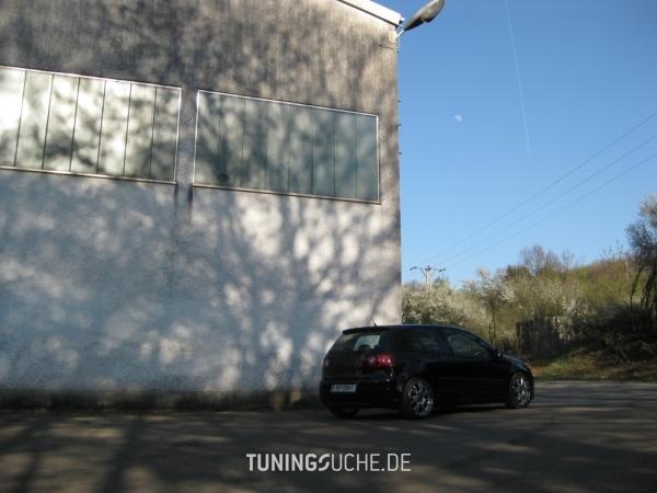 VW GOLF V (1K1) 11-2006 von KBooM - Bild 496726