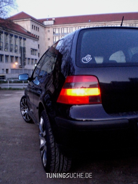 VW GOLF IV (1J1) 11-2001 von VollesRisiko - Bild 497452