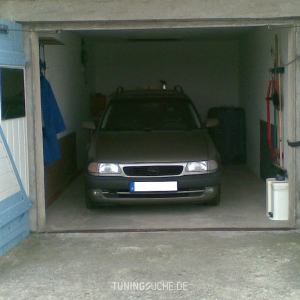 Opel ASTRA F Caravan (51, 52) 01-1996 von einstein - Bild 533995