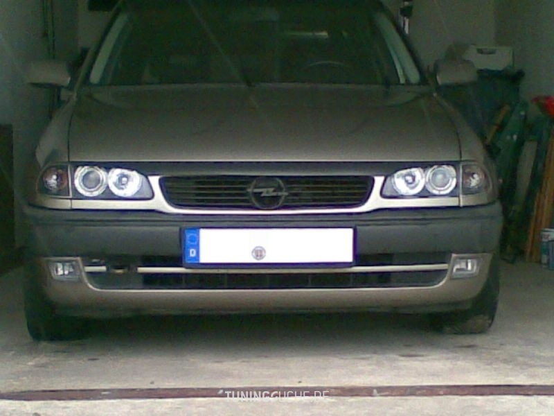 Opel ASTRA F Caravan (51, 52) 1.6 i 16V Champion Bild 540457