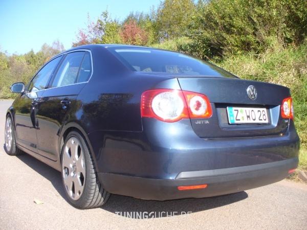 VW JETTA III (1K2) 00-2006 von deacon - Bild 561380