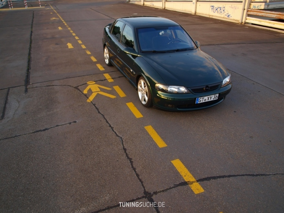 Opel VECTRA B (36) 1.8 i 16V Edition 100 Bild 568323