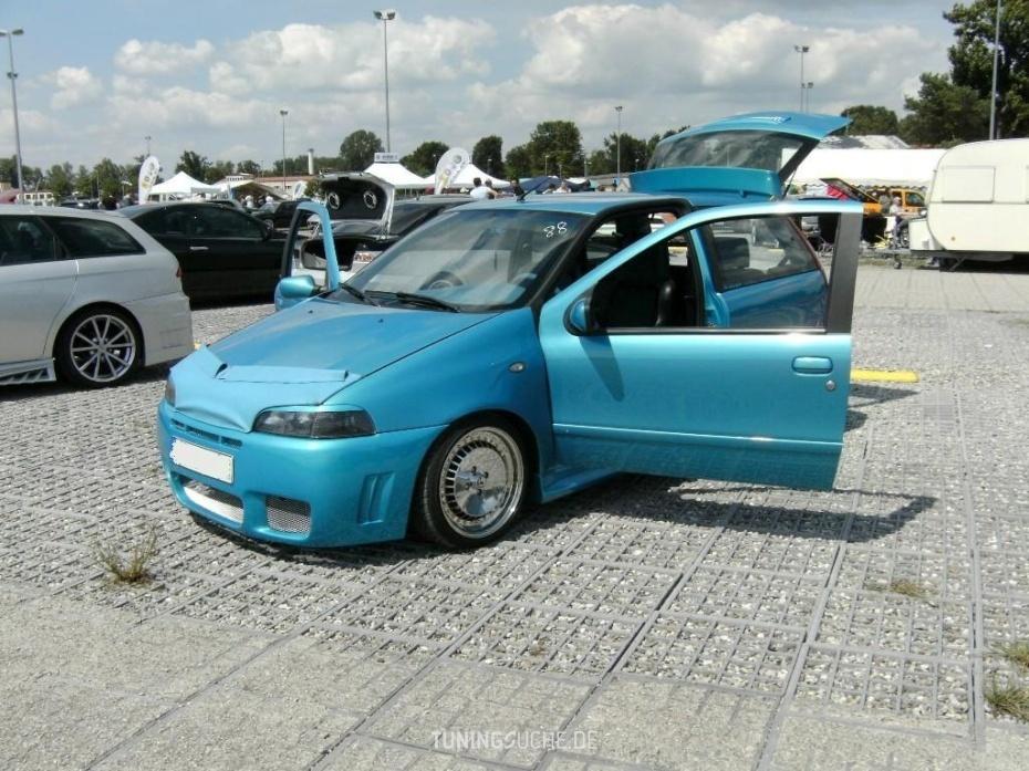 Fiat PUNTO (176) 85 16V 1.2 ELX Bild 572278